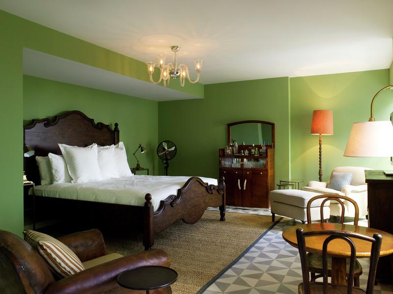 hotel spotlight soho beach house the covetable. Black Bedroom Furniture Sets. Home Design Ideas