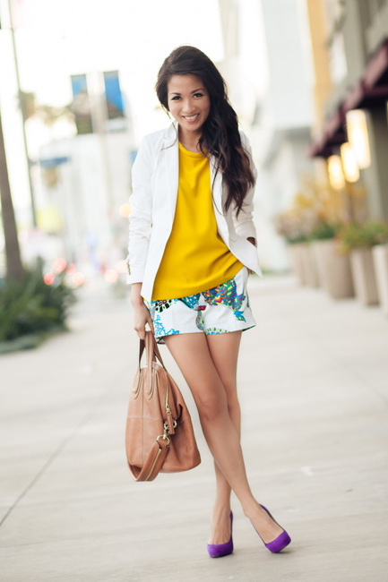 Outfit Inspo White Blazer + Shorts | the covetable