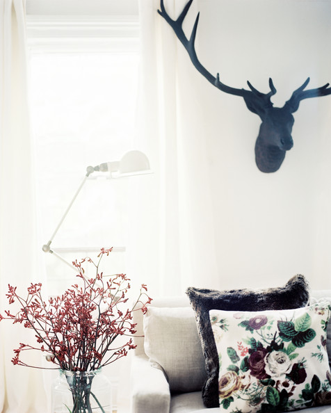 Lonny Nov Living+Room+Eclectic+iron+stag+head+above+3