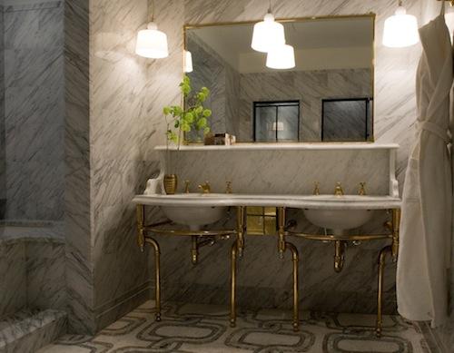 gold and marble bath-corner-bathroom_cr