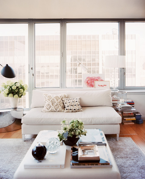 Lonny - Eclectic Living+Room+square+coffee+table+white+settee+22