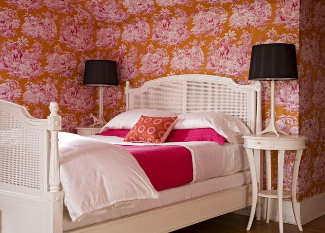 Angie Hranowsky 2 Stocker Drive Bedroom Wallpaper