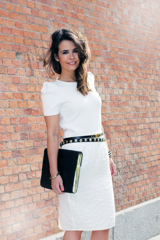 1344805663White-street-style-pencil-skirt-plexi-shoes-collagevintage-fashion-blogger-12