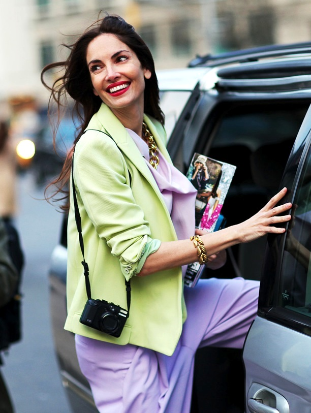 STREET-STYLE-NEON-PHIL-OH-FOR-VOGUE.COM-JACKET-PASTELS-PURPLE-JUMPSHIT-MINI-CROSSBODY-BAG-FASHION-WEEK