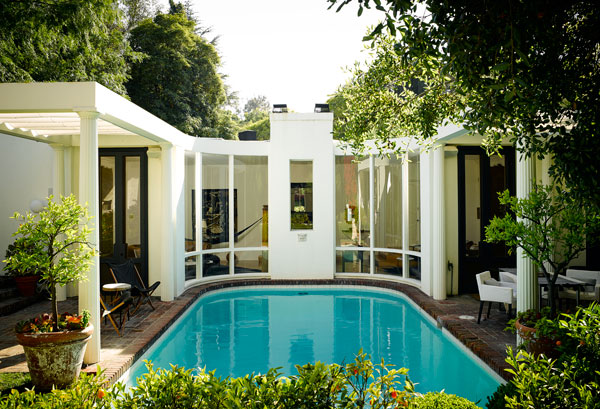 hbz-fashionable-life-nate-berkus-pool-lgn-18048262