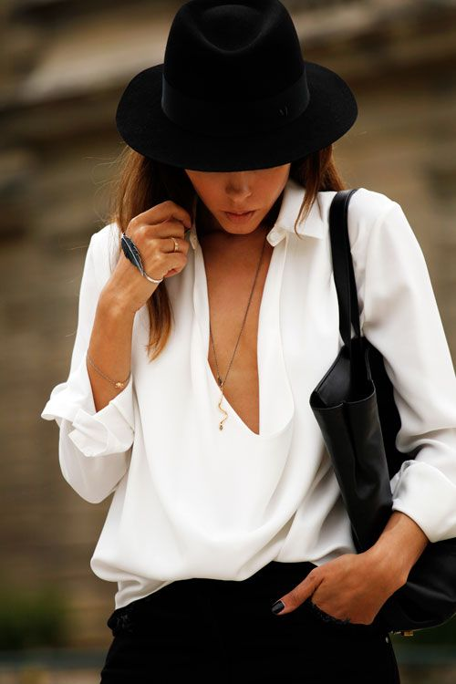 Black&White_StreetStyle_Hat_White_Shirt