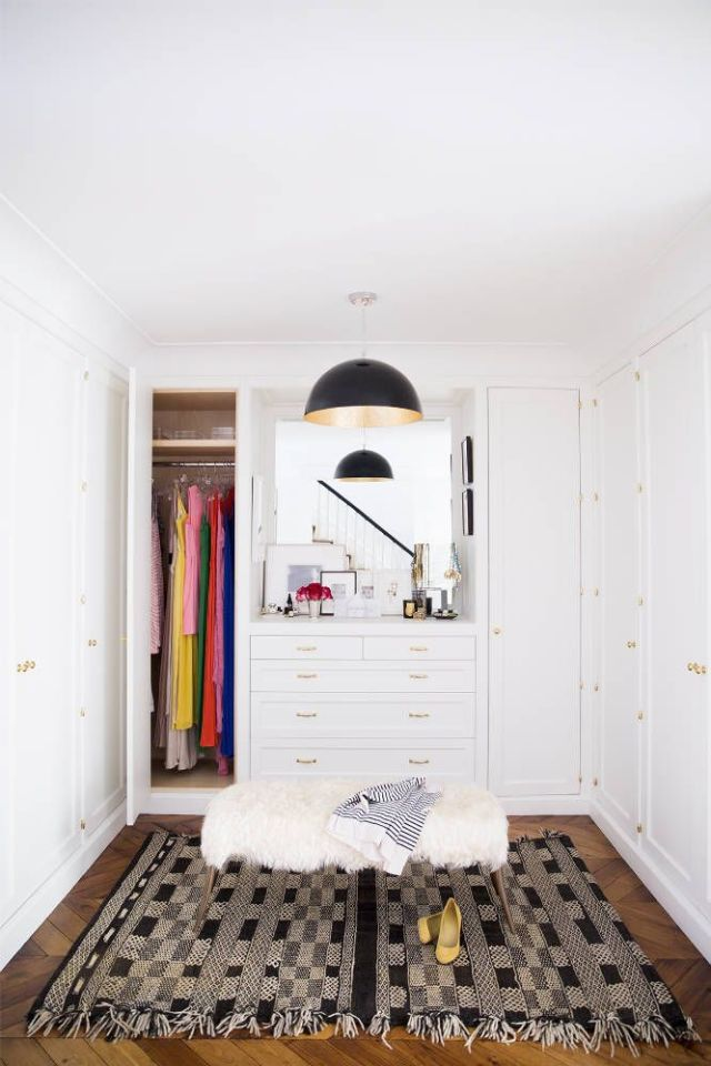 AliCayneWestVillageTownhouse-Closet