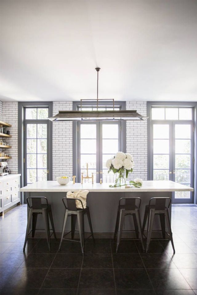 AliCayneWestVillageTownhouse-KitchenBlackGroutSubwayTile