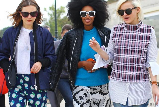Cobalt-Blue-Trend-2014-pfw-street-Julia-Sarr-Jamois-Fran-Burns-Chloe-Kerman-MiuMiu-Celine
