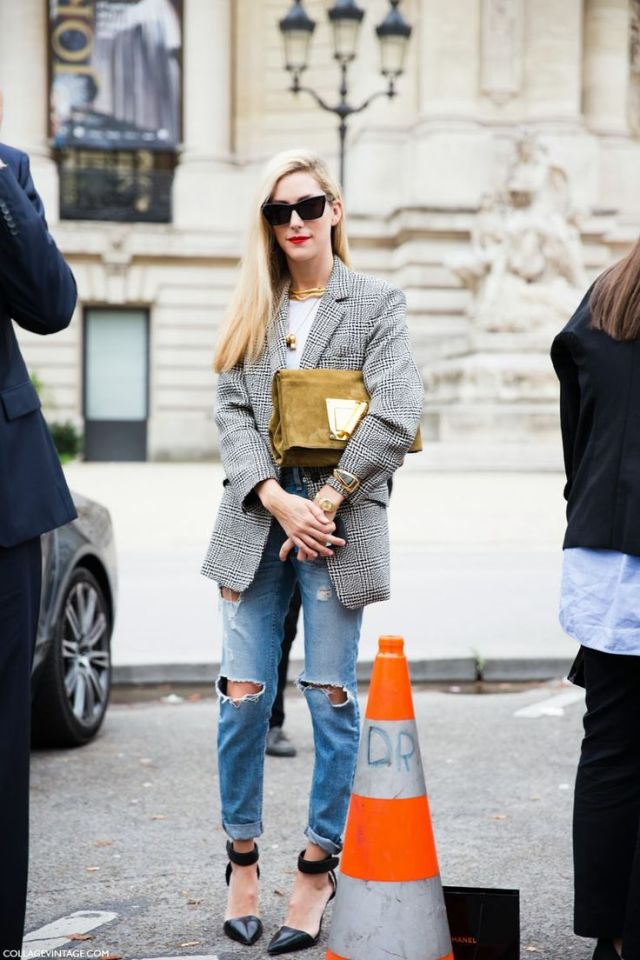 Joanna Hillman Blazer clutch Boyfriend Jeans Street
