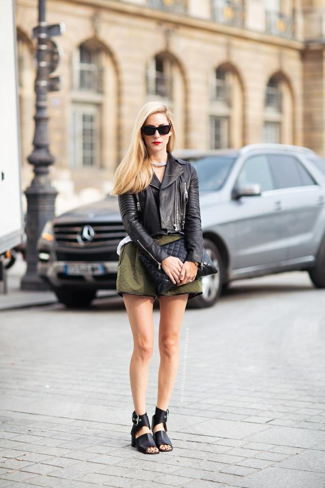 JoannaHillman_BikerJacket_QuiltedClutch_ArmyGreen_AnkleBoots_Street