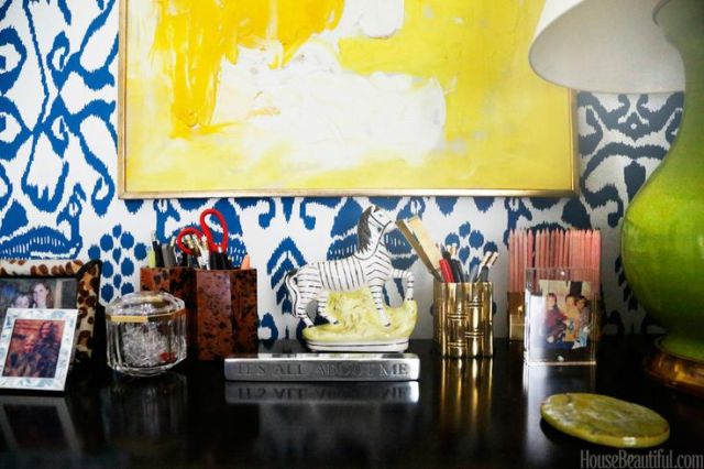 10-Lindsey Coral Harper Apartment