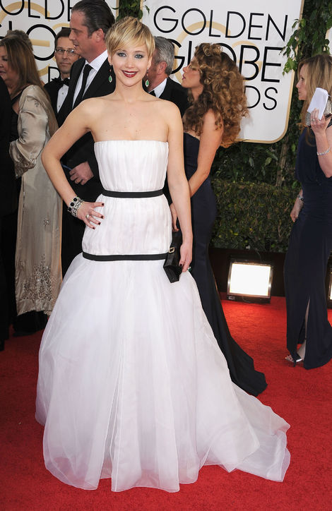 jennifer lawrence golden globes red carpet best dior