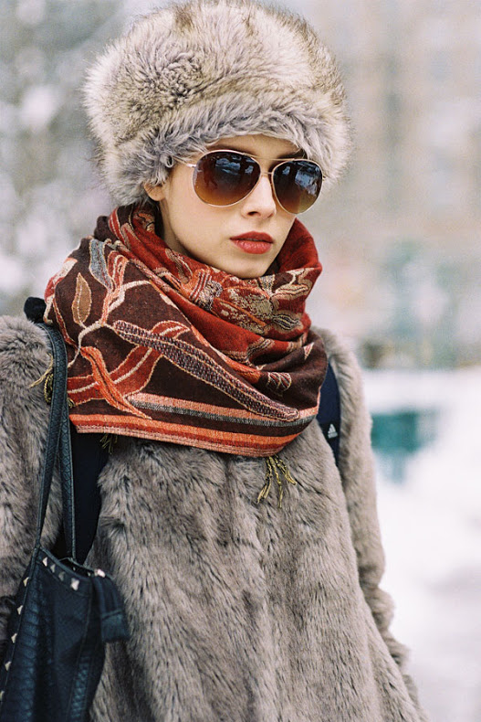 london fashion week cold weather street style fur beanie coat