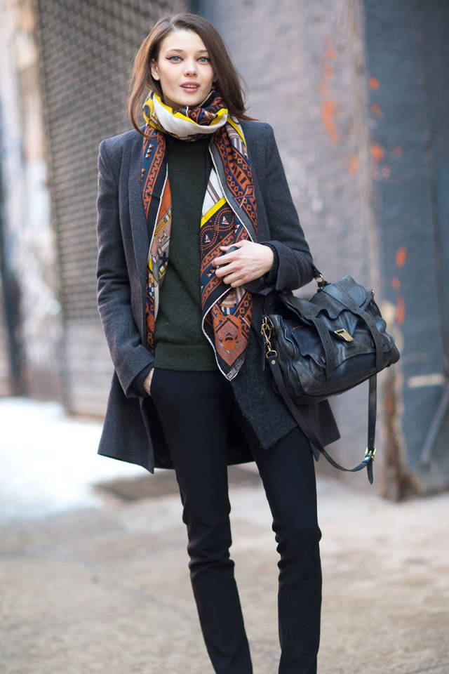 NYFW-street-style-nyfw14-day2-PS1bag-scarf