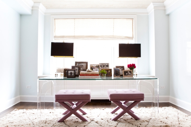 Lilly-Bunn-nyc-apartment-tour-acrylic-desk
