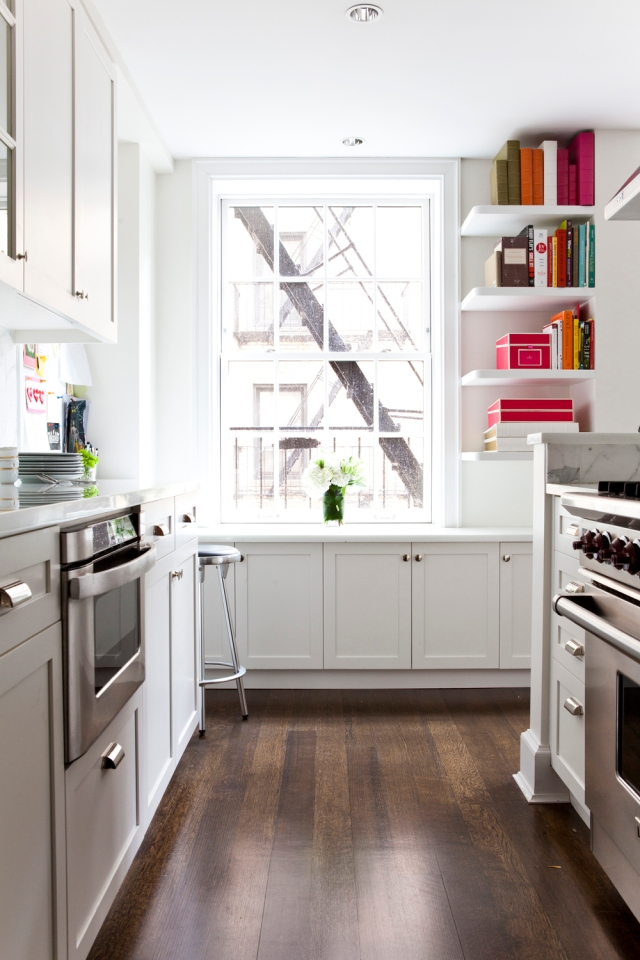 Lilly-Bunn-nyc-apartment-tour-kitchen-white
