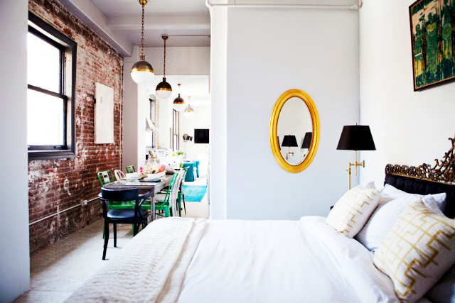 caitlin-caitlin-feminine-loft-bold-palette-glam-eclectic-details-bedroom-apartment-envy-thecovetable