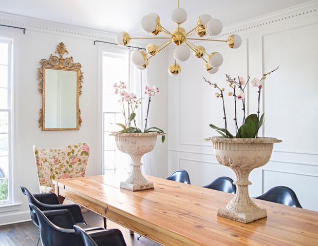eclectic-modern-traditional-nashville-home-tour-dining-room-chandelier-thecovetable