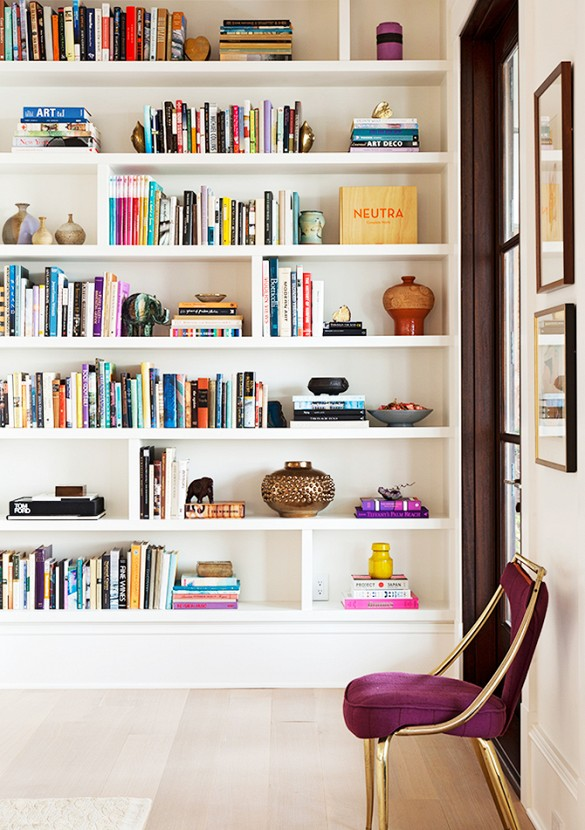 home tour darius rucker beach house bookcase details by angie hranowsky 1