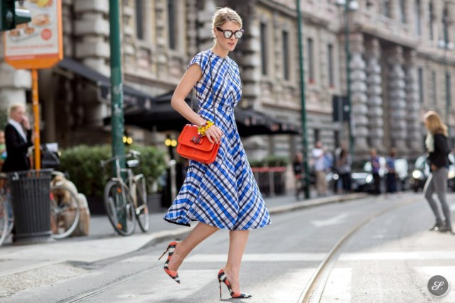 sofie_valkiers_street_style_women_summer_dress_checks