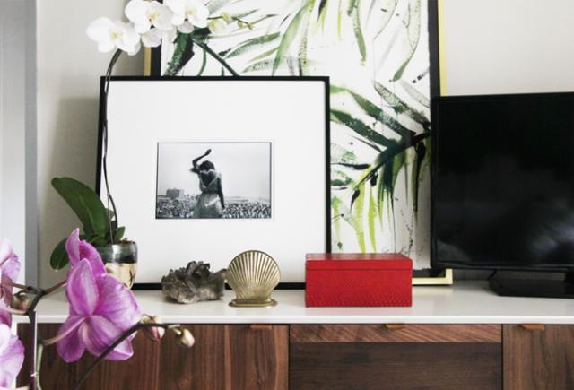 jenna-snyder-phillips-serene-living-room-media-console-details